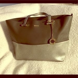 Leather tote bag!!!